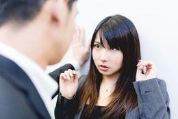 社会人女性が同僚に「男」を意識してしまう、ふとした瞬間4つ