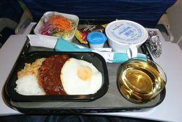 お国柄も満載! エコノミークラスの機内食がおいしい航空会社13選