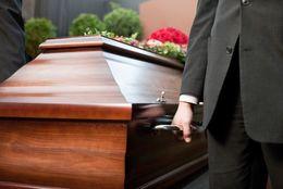 偏見を払拭。葬儀業界を目指す若者が増えている