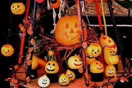かわいい仮装? リアルホラー? ディズニーとUSJ、今年はどっちの「ハロウィーンイベント」に行きたい?