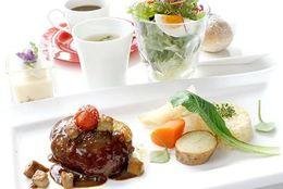 【カジュアルフレンチ】ディナーは一皿500円!お手ごろランチセットも充実―銀座「ミラヴィル インパクト」