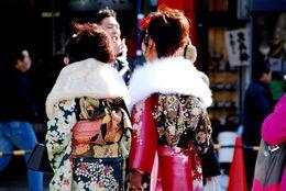 成人式後の同窓会を、出欠管理から店の手配まで0円で代行する「ハタチワ」とは