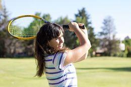 デートが盛り上がる! カップルが2人で楽しめる趣味8パターン「釣り:競争心に火がつく」「テニス:MIXダブルスで試合出場」