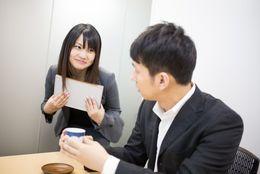 社内恋愛での上手なアプローチの仕方と失敗しないための対処法4つ