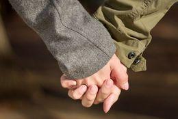 片思いから大逆転! 脈なしと思っていた人と交際まで発展させる恋愛テク3つ