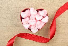 チョコ以外も!?  バレンタインで彼氏が欲しがっているプレゼントTop5