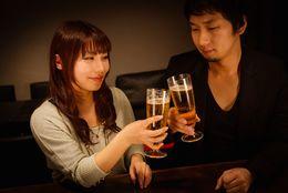 いい出会いはバーにある!? お酒を楽しみつつ恋人をゲットする方法