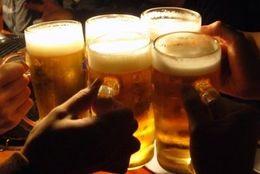 各所の忘年会で忙しい時期……社会人に聞いた、参加する「飲み会」の基準ってなに?