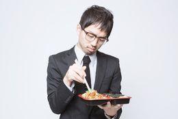 楽しいランチが台無しに……最悪だったお弁当の思い出「2段弁当が両方白米」「味なしのジャガイモ」