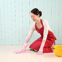 社会人が実践する、大掃除をラクにするコツ6選「一日15分」「軍手に直接洗剤をつける」