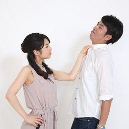 気をつけて! 占い師に聞いた、結婚後に浮気する人の手相はこんな感じ!