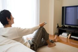 【学窓総研】若者のテレビ離れの実態を調査! 大学生に聞いた、テレビって好き? 嫌い?
