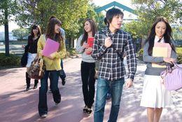 「それな」「詰む」もランクイン……現役学生に聞いた、大学生用語ランキング! ナンバーワンは「ワンチャン」