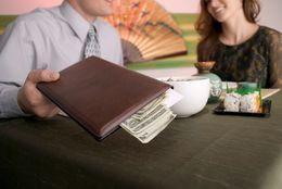 【学窓総研】ワリカンでもいいの? デートの支払い、大学生の80.7%は「男性が奢らなくもいい」