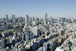 都会のココにビックリ! 上京して「東京って便利だなあ」と思ったこと「電車が分単位」「コンビニだらけ」