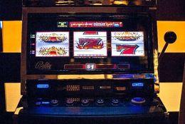 非モテ確定?! 約9割の女子大生が「ギャンブルをする男性とは付き合えない」と回答!