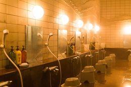 正しい入浴方法は何度で何分間? 専門家の意見は