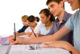 アメリカの大学生は猛勉強するって本当? 日本とアメリカの勉強時間を比較してみた!