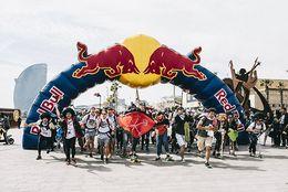 旅の全てが宝物に! 『Red Bull Can You Make It?』に出場した慶應大チームの『TOKYO WINGS』に話を聞いてみた!
