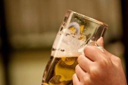 大学生に聞いた、飲み会にいるとテンションが下がる人の特徴5選!