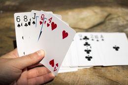 大学生が「トランプしよう」ってなったら遊ぶゲームランキング! 3位七並べ、2位ババ抜き