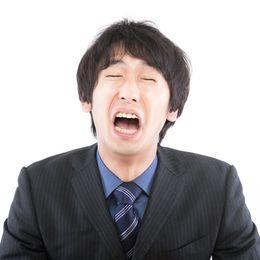 男子大学生が最近「男泣き」した経験6つ「受験失敗」「彼女に振られて」