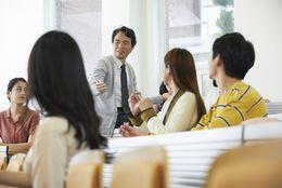 TOEICの平均点と、企業が求めるスコアは?大学生への意識調査も大公開