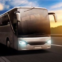 【国内旅行】移動手段に高速バスを使うメリット・デメリットは?【学生記者】
