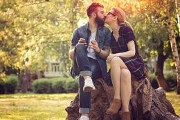 ファーストキスの場所はどこがいい? 大学生が実際にキスした場所5選!