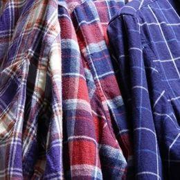 「高校生みたいな服着てるな」と思う大学生のファッションアイテム5選