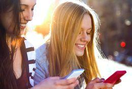大学生が考える、10年後の携帯・スマホ予想図5選「立体機能が搭載」