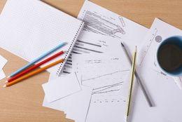 1・2年生も?! 夏休みに就活絡みの予定がある大学生は〇割! 「インターン」「公務員試験の勉強」
