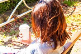 髪型や服装を彼氏の好みに合わせる女子大生は◯割! 「好きな人の色に染まりたい」