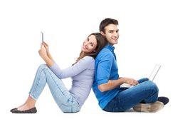 恋人とのLINEの頻度は週に何回がベスト? 大学生の理想は……