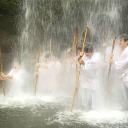 気分をリフレッシュ! 学生のうちに体験したいおすすめイベント「滝行」のススメ【学生記者】