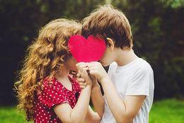 付き合う前にキスするの、アリ派の大学生は約4割! 「好き同士ならOK」