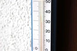 夏VS冬!? 寒いのと暑いの、耐えられるのはどっち?