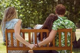 彼氏に浮気されても別れない女子大生は2割! 「それでも戻ってくるなら……」