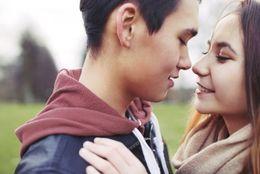 タイミングって難しい! 「キスしていい?」と聞いて断られたことのある大学生は◯%も!