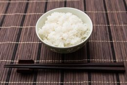 和食・洋食・中華で違う! 食事の基本マナー&作法13選