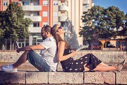 恋愛対象外から恋のアプローチが! さりげなく「脈なし」であることを伝える方法7選