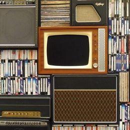 やっぱりガキ使? 大学生が年越しの瞬間につけているテレビ番組ランキング!