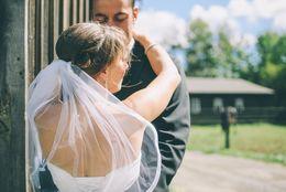 イマドキ女子大生も結婚に焦り? 「30歳までに結婚したい」と思う女子大生は◯割!