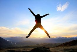 「年越しの瞬間は地球にいなかった!」 年越しジャンプをする大学生は約1割