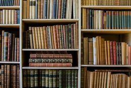 自分の本を出版して売買できる! 文学フリマってどんなイベント?【学生記者】