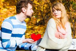 大学生が恋愛で「好きになったほうが負け」だと思った瞬間4つ