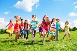 小学校のころ、男子の間で爆発的に流行していた遊び8選! 「バトエン」「指スマ」