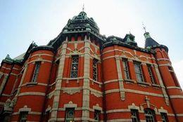 近畿大学建築科の学生が案内する、天神駅周辺の名建築物めぐり4つ【Part2】
