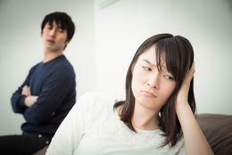 恋愛感情はもうない?! 大学生が恋人と「情で付き合ってるだけかも」と感じた瞬間8選