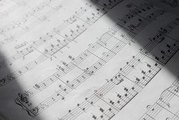 なぜか声が出なくなる歌のテスト……小学校時代の音楽の時間の思い出7選